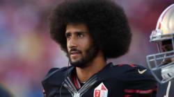 コリン・キャパニック、NFL今シーズン初先発へ 国歌斉唱で起立を拒否したスタープレーヤー