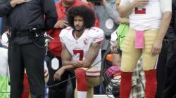 コリン・キャパニック、NFLシーズン初先発でも国歌斉唱の起立拒否、アウェーでブーイング鳴り響く
