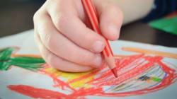Los geniales dibujos de un niño que su padre hace realidad con
