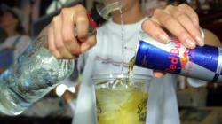 Consommer de l'alcool avec de la caféine serait aussi dangereux que prendre de la