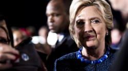 Clinton dénonce la lettre du FBI à propos de ses