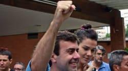 Freixo faz discurso otimista após perder no Rio: 'Nada termina hoje. Começa a luta