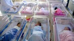 Mossa anti-aborto in Polonia: bonus di 900 euro a chi decide di partorire bimbi con