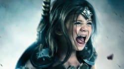 Esta talvez seja a pequena Mulher-Maravilha mais adorável do universo