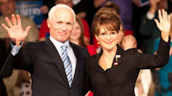 Julianne Moore incarne une saisissante Sarah Palin pour