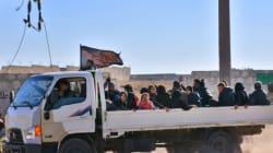 Des milliers de Syriens fuient