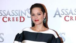 C'est quoi cette robe de Marion Cotillard sur le tapis rouge d'« Assassin's Creed