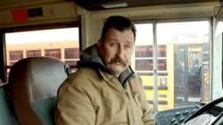 La généreuse action de ce chauffeur de bus pour que les enfants n'aient pas