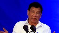 Le président philippin affirme avoir tué des criminels