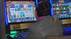 Loto-Québec retirera 1100 appareils de loterie