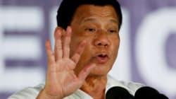 Philippines: le président Duterte instaure la loi