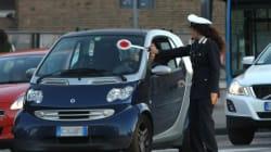 Alla guida senza patente per 58 anni, 76enne scoperto nel