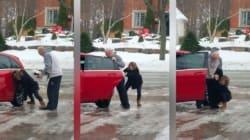Cette Canadienne fait hurler de rire sa mère quand elle glisse sur le