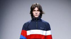 Mode à Milan: les jeunes stylistes jouent sur les