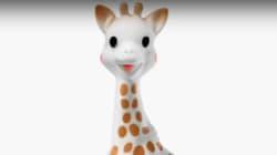 Polémica con el fabricante de 'Sophie la jirafa' por unas fotos del