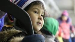Le hockey comme planche de salut pour de jeunes