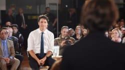 «Je vais répondre en français»: Trudeau fait son mea