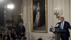Donald Trump entame son mandat en lançant une virulente