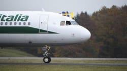 L'accetta di Alitalia sui costi, risparmi per 160 milioni nel