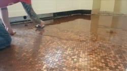 Cómo recubrir un suelo con monedas: el DIY