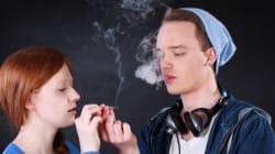 Marijuana: l'âge du jeune lorsqu'il commence à fumer