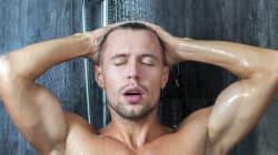 6 motivi per cui una doccia fredda a inizio giornata fa bene alla