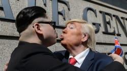 トランプ氏が金正恩氏とハグしてキス?