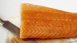 El motivo por el que el salmón que compras está tan