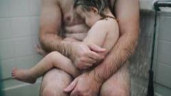 Juzgan a una fotógrafa por publicar en Facebook esta imagen de su marido con su hijo