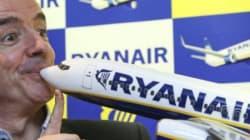 Ryanair amenaza con endurecer su política de equipaje a bordo si los pasajeros siguen