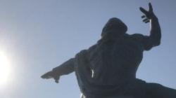 逆輸入版「シェー!」と追悼の国境