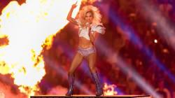 Chi si aspettava un attacco di Lady Gaga a Trump al Super Bowl rimarrà