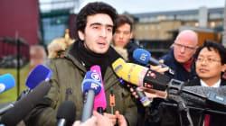 Harcelé depuis un selfie avec Merkel, un jeune Syrien attaque