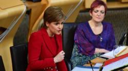 Le parlement écossais vote symboliquement contre le