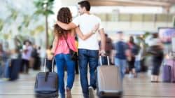 Si incrociano all'aeroporto di Pisa e si innamorano. Il sindaco di Alghero fa da