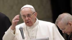 Pedofilia nella Chiesa, Papa Francesco chiede perdono per la