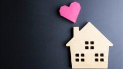 Aide sociale: être en couple, mais à quel