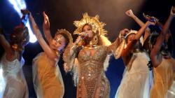 Le détail égocentrique que personne n'avait remarqué sur la robe de Beyoncé aux Grammy