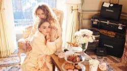 Vanessa Paradis et sa fille Lily-Rose Depp posent pour la bonne