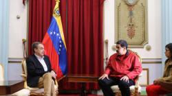 Cachondeo con los zapatos que Zapatero lleva en esta