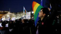 Annulation des protections pour les étudiants transgenres aux