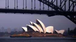 Elle a joué de la musique à l'Opéra de Sydney uniquement avec ses