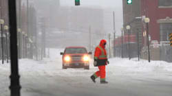 Newfoundlanders Weather Fierce Winter Storm With Humour And