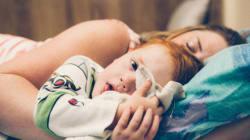 4 motivi affascinanti per cui tuo figlio si sveglia di