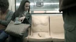 Un pénis moulé sur un siège de métro... pour la bonne
