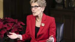 Kathleen Wynne crie victoire après l'abandon par l'État de New York du «Buy