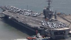 Un porte-avion US et sa flotte en route vers la péninsule