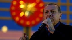 Erdogan rejette les critiques sur le référendum et Trump le