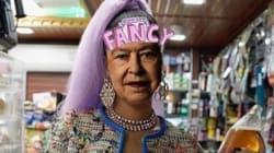 Rihanna relooke la reine d'Angleterre Elizabeth II pour son