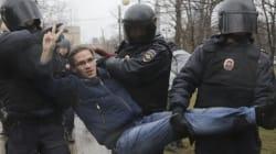 Près de 120 manifestants anti-Poutine arrêtés en